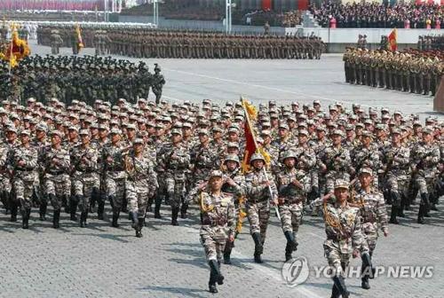 北朝鮮 軍事パレード準備に5万人...