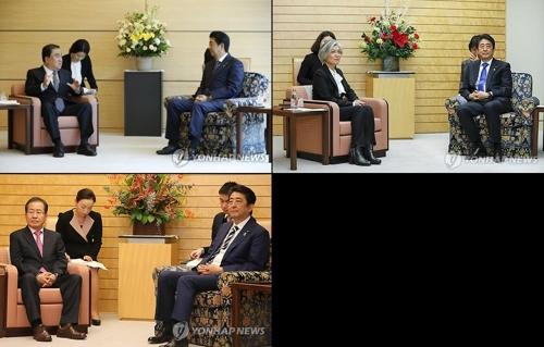 文議員、康長官、洪代表(左上から時計回り)が座った椅子は安倍氏のものより低かった=(EPA=聯合ニュース)