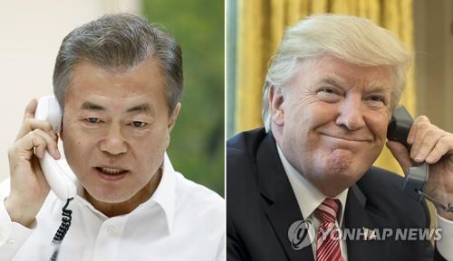 トランプ大統領(右=EPA、資料写真)と電話会談する文大統領(青瓦台提供)=28日、ソウル(聯合ニュース)
