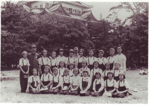 女子勤労挺身隊として日本に徴用された少女ら(資料写真)=(聯合ニュース)