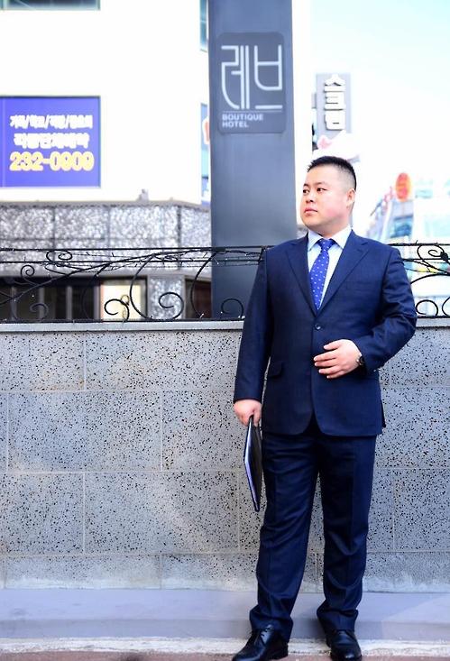 안석봉 레브호텔 총지배인