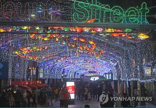 화천산천어축제 준비 착착…축제장 조성 본격화