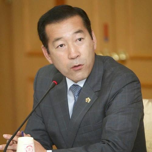 김동섭 의원.