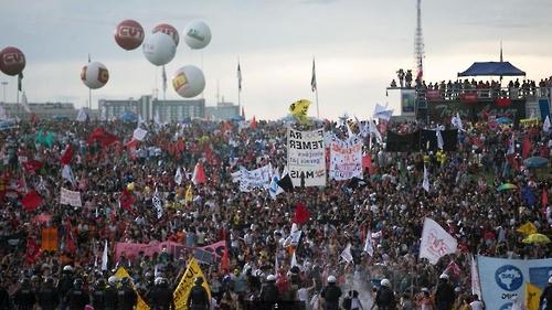브라질리아에서 벌어진 '반 테메르' 시위 [출처:국영 뉴스통신 아젠시아 브라질]