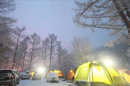 즐거운 '스노 캠핑'