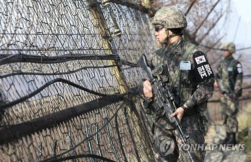 <김귀근의 병영톡톡> 軍복무 12개월로 줄이면