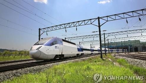 질주하는 KTX-산천 열차 [연합뉴스 자료사진]