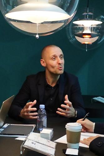 베르판 CEO인 페테르 프란센 대표