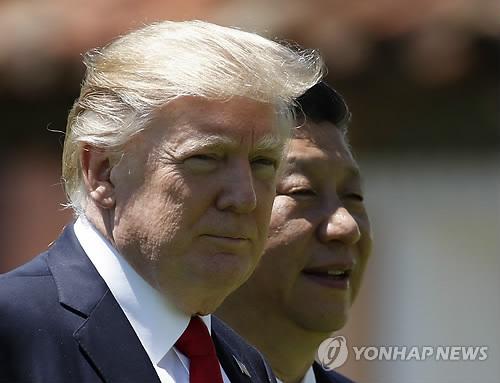 트럼프 대통령(왼쪽)과 시진핑 주석