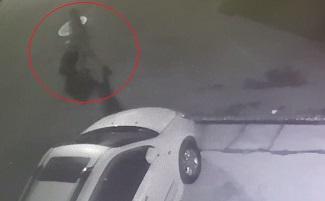 '절룩이는 걸음걸이'…경찰관 눈썰미 '가방속 시신' 사건 해결