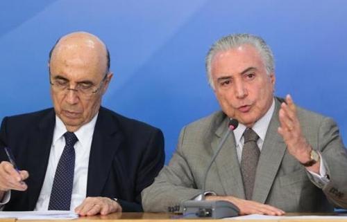연금개혁을 추진하는 테메르 대통령(오른쪽)과 엔히키 메이렐리스 재무장관