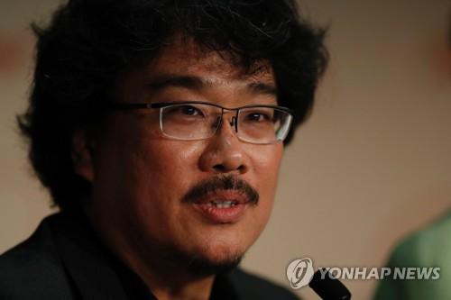 19일 칸영화제에서 '옥자' 기자회견에 참석한 봉준호 감독
