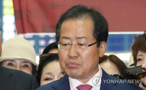 """홍준표, 4대강 감사에 """"그들은 노무현 자살을 MB탓으로 여긴다""""(종합)"""