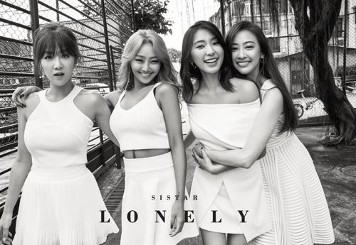 마지막 싱글 '론리'로 차트 1위 석권한 씨스타 [스타쉽 제공]