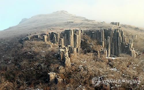 세계지질공원 인증 추진중인 무등산[연합뉴스 자료사진]