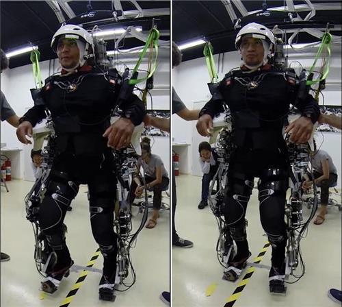 가상현실(VR)과 로봇 골격 활용한 '뇌-기계 접속기술'로