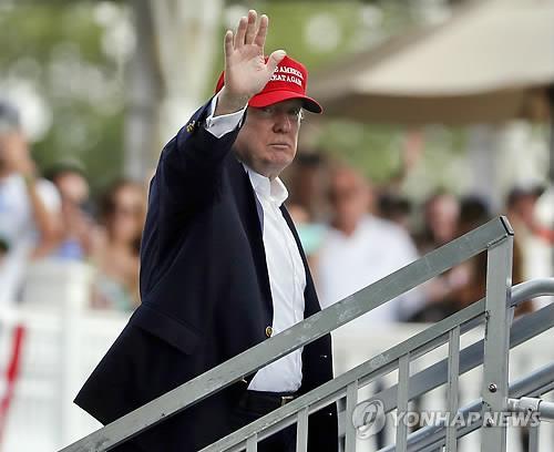 백악관보다 골프대회장 먼저 찾은 트럼프