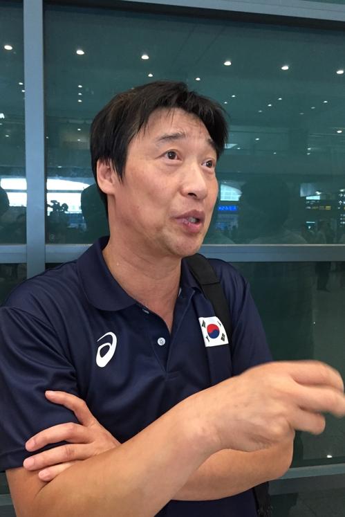 홍성진 여자배구 국가대표팀 감독