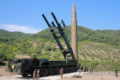 북한의 ICBM '화성-14형'