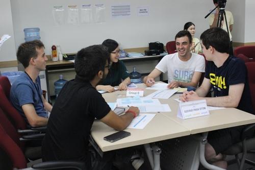 UST 외국인 학생 토론