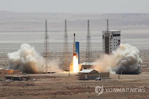 이란 인공위성 발사체 '시모르그' 시험발사 성공[EPA=연합뉴스자료사진]