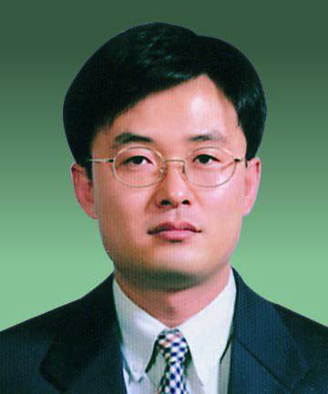김진동 서울중앙지법 부장판사