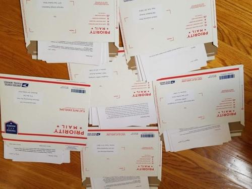 재미동포 청소년들이 미국 교과서 출판사에 보낸 편지.[에코코리아 제공]