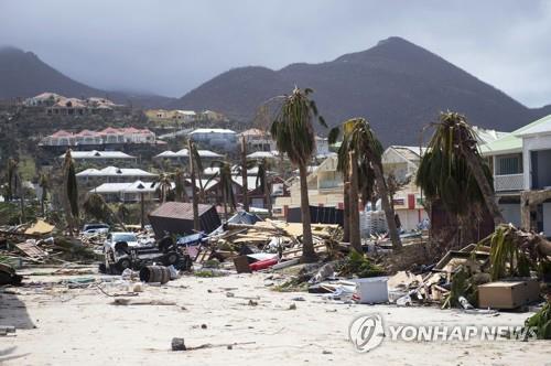 폐허로 변한 카리브해 섬들[AFP=연합뉴스]