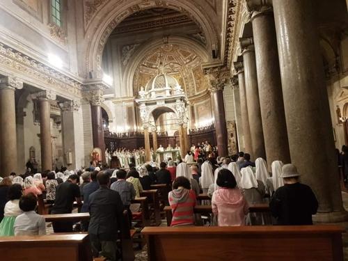 로마 성 크리소고노 성당에서 열린 한인 순례자 미사