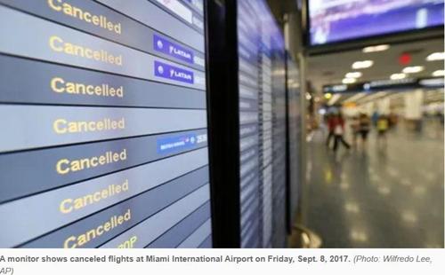 마이애미 국제공항의 항공편 결항 표시