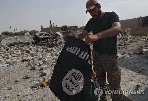 'IS 수도' 락까 3년9개월만에 '해방'…'칼리프국 망상' 소멸단계