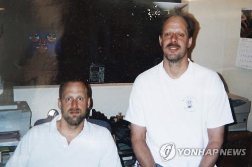 라스베이거스 총기난사범 스티븐 패덕(오른쪽)과 동생