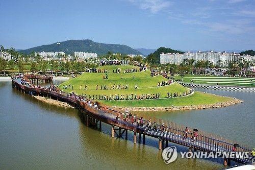 순천만 정원 [연합뉴스 자료사진]
