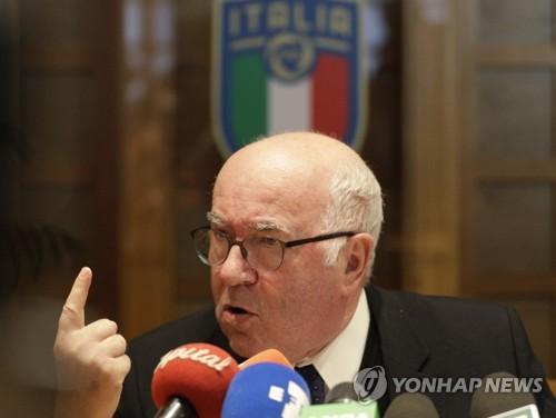 伊월드컵 탈락 후폭풍 지속…축구협회장도 사퇴