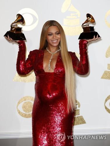 비욘세, 지난 1년간 1천147억원 벌어…음악계 최고 수익