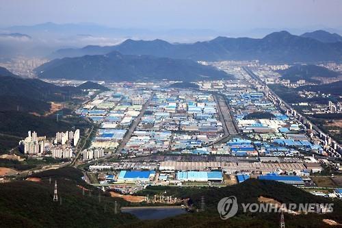 경남 제조업 핵심인 창원국가산업단지 전경. [연합뉴스 자료사진]