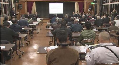 방위성이 야마구치현에서 개최한 주민설명회 모습[NHK 캡처]