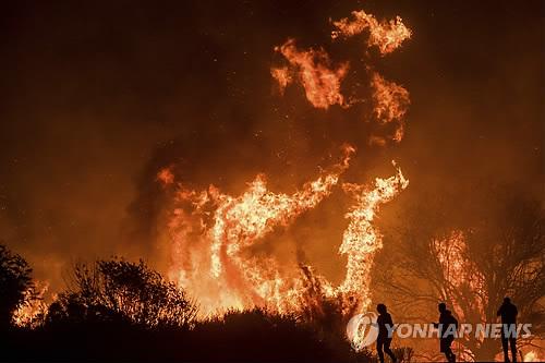 미 캘리포니아 산불 확산