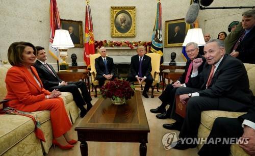 도널드 트럼프 미국 대통령과 상하원 여야 지도부 회동
