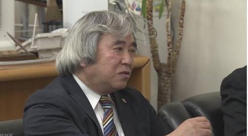 자동차 부품 판매회사에 임원으로 채용된 68세의 남성[NHK 캡처]