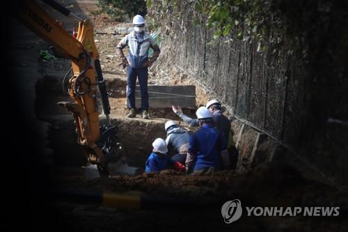 옛 광주교도소 북쪽 담장 주변 5·18 암매장 의심지 발굴조사.