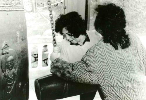 1987년 2월 부산에서 타종하는 박종철 어머니