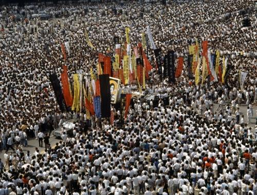 7월 9일 서울 시청 앞의 운구 행렬