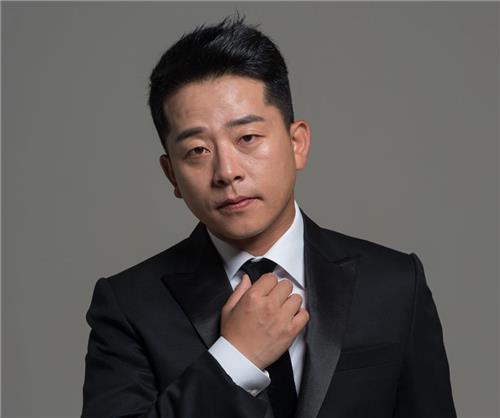 """개그맨 김준호 합의 이혼…""""떨어져 지내며 소원해져"""""""