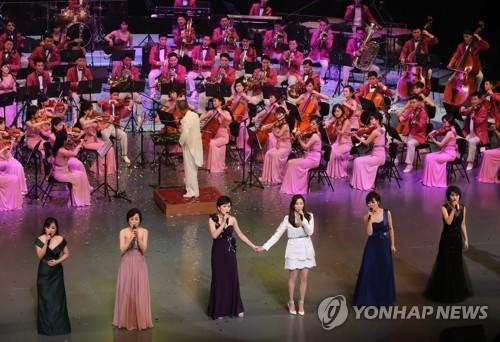 [올림픽] 북한 예술단과 공연하는 서현