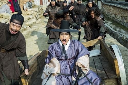 <솔까말 관객반응> 영화 '조선명탐정: 흡혈괴마의 비밀' [통통영상]