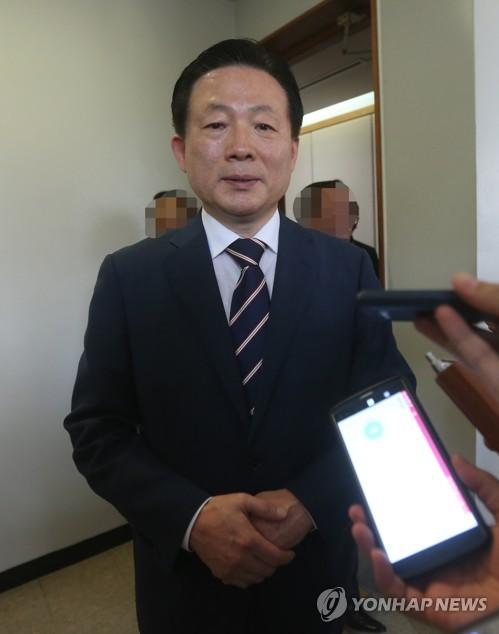 당선무효형 선고받은 박찬우 전 의원 [자료사진]