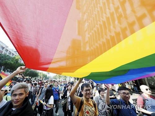 동성결혼에 찬성하는 아시아의 한 시위대 [EPA=연합뉴스 자료사진]