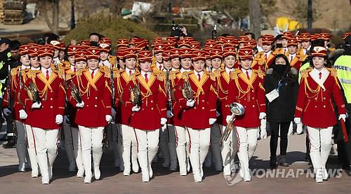 [올림픽] 오죽헌 찾은 북한 취주악단