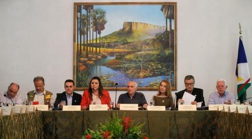 베네수엘라 난민 대책 마련에 나선 미셰우 테메르 브라질 대통령